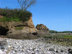 Lleiniog Beach
